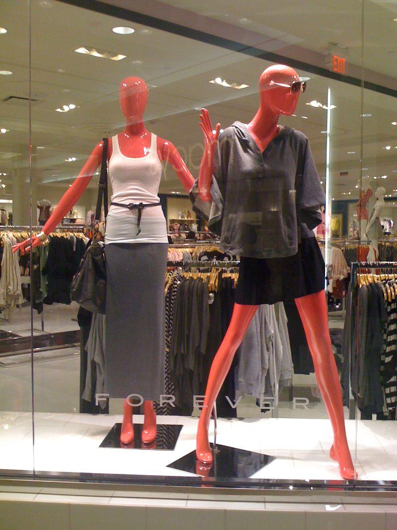 Pink-mannequins (5)